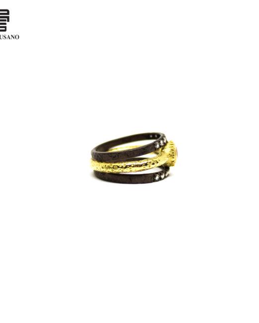 anello diamanti e rubino lato